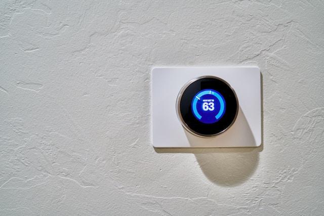 Smart Home: 5 Geräte, die Geld sparen. Von Thomas Olek , Experte für Projektmanagement im Immobiliensektor.
