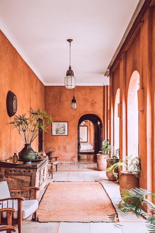 Luxustrend: Investieren Sie in hohe Decken, Beitrag von Thomas Olek, Experte für Projektmanagement im Immobiliensektor.