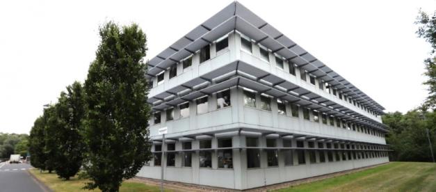 vollständig und langfristig an den Konzern ABB AG vermietete
